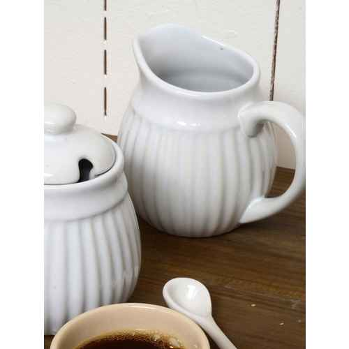 ib laursen geschirr sahnek nnchen aus keramik mynte nordic sky. Black Bedroom Furniture Sets. Home Design Ideas