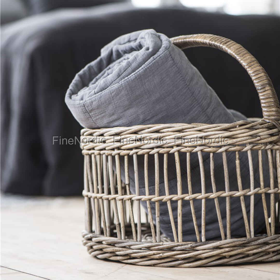 ib laursen korb mit henkel l nglich. Black Bedroom Furniture Sets. Home Design Ideas
